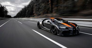 Über 490 km/h: Ein mit Michelin Pilot Sport Cup 2 Reifen ausgestatteter Bugatti Chiron hat als erster seriennaher Sportwagen die 300-Meilen-Schwelle durchbrochen.